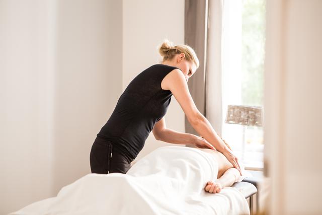 Physiotherapie-Massagen